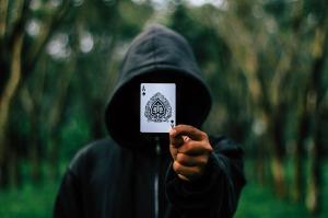 trick-card-hoodie